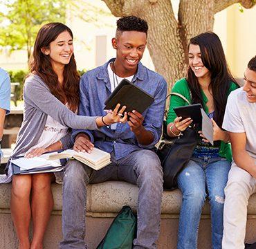 Que tal Estudar e Trabalhar no Exterior com a Mundial Intercâmbio